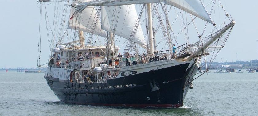 SV Tenacious at sail